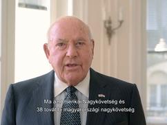 """Az amerikai nagykövetség """"mély aggodalmát"""" fejezte ki Novák Elődék akciójával kapcsolatban (videó +"""