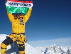 Magyar zászló a világ csúcsain: interjú Varga Csabával (+ videó)