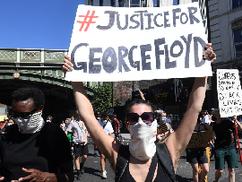 Fehér a sokszínűségért tüntetők többsége