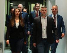 """""""Jakabék szélsőbaloldali alakulattá züllesztették a Jobbikot"""" – feloszlott a párt ozorai alapszervez"""