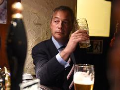 """""""Orbán Európa jövője"""" – Nigel Farage, a brexit atyja a Válasznak"""