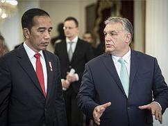 Orbán Viktor: Az önazonosság megőrzésére nehéz dolgunk van Európában