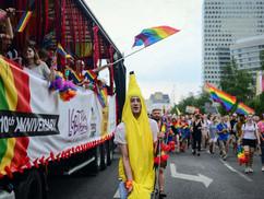 Rárontott az LMBT-közösség a családbarát Lengyelországra. – Kik és hogyan avatkoztak be külföldről a