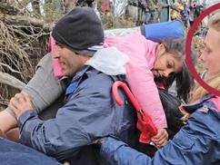 Na, vajon kik egyengetik a migránsok útját?  – Szilaj Csikó-kiegészítéssel
