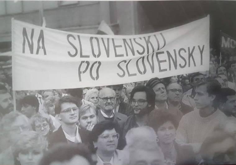Szlovákiában szlovákul