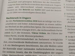 Leführerezik Orbánt egy nyolcadikos osztrák tankönyvben