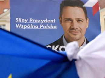 Brüsszel kettős mércével méri Duda Lengyelországát is. – Kik és hogyan avatkoztak be külföldről a le