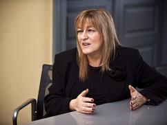 Schmidt Mária a The New York Timesban osztotta ki a nyugati országokat és liberális politikai elitjü