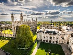 Magyar diákok a Cambridge egyetem sikerességi rangsorának élén