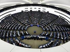 Az Európai Parlament el akarja venni a Magyar Országgyűlés jogköreit!