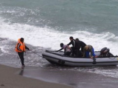 Spanyolország: az illegális bevándorlók menekülnek a koronavírus elől, több ezer eurót is kifizetnek