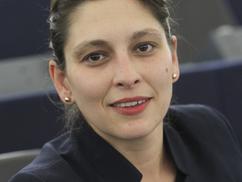 Visz az FTC, Livi néni – Vita Járóka Líviával a cigányság felzárkóztatásáról
