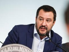 Salvini: Soros által finanszírozott szervezet segít a migránsoknak