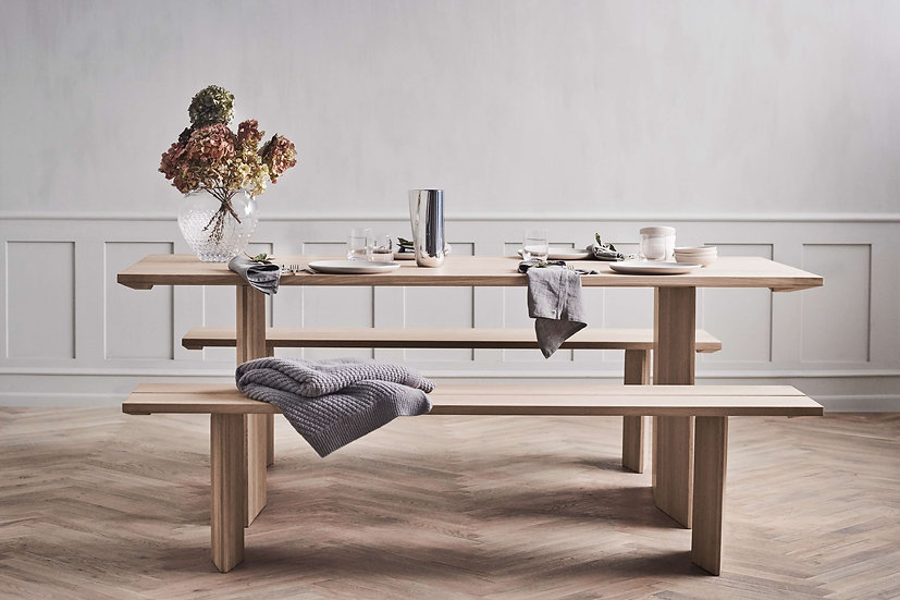 bolia alp dining table small with bench