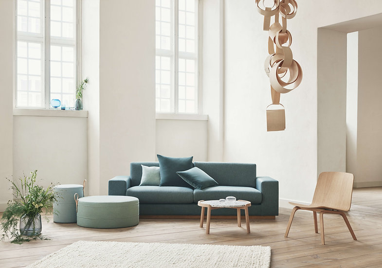 bolia palm lounge chair  with Danish coffee table