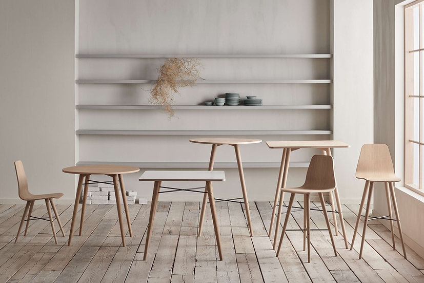 Beaver bar stool