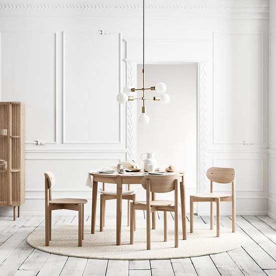 Round Extending Table - Dining Tables For Small Spaces UK