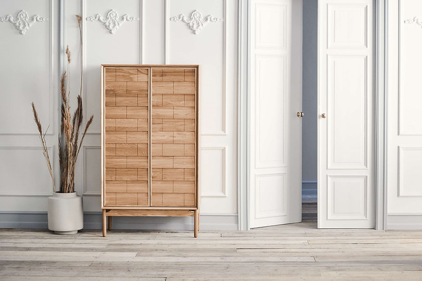 bolia clinkers highboard in hallway.jpg