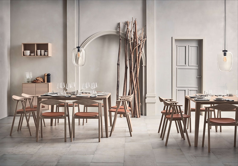 bolia graceful dining table in restaurant