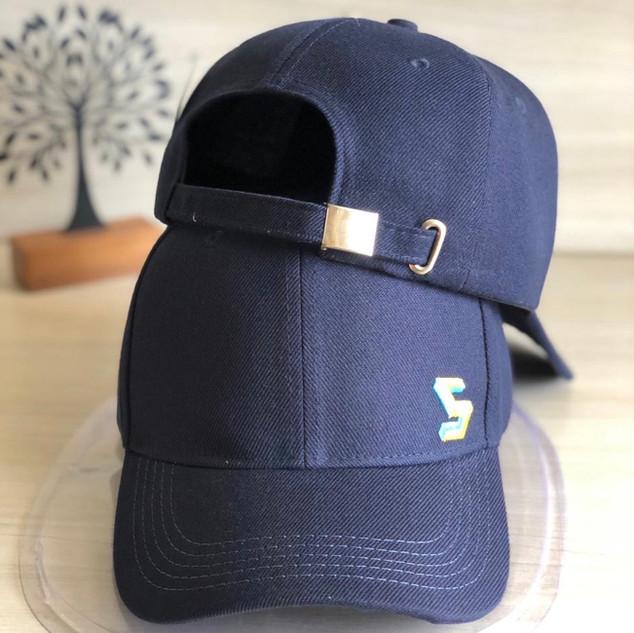 Dad_hat_azul