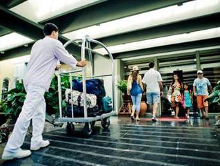 Turismo gera mais empregos que bancos e mineração
