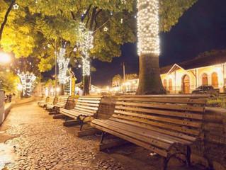 Praça da Liberdade já está com a iluminação de Natal!