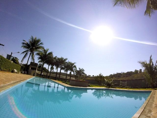 piscina - sitio de aluguel