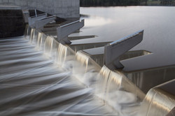 Dam Wall over flowing _preview (1)