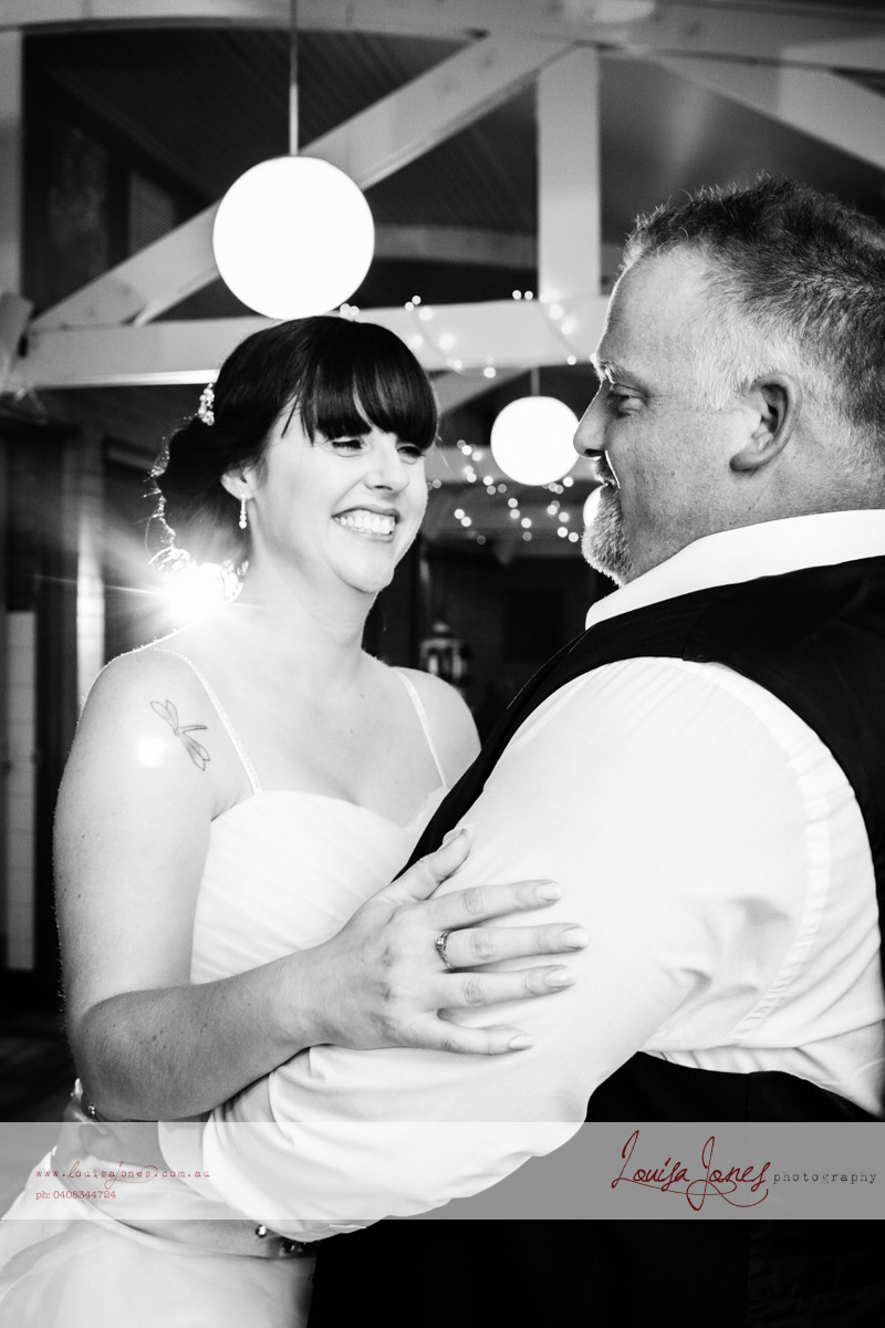 ljp ld 5335 bw Geelong Wedding web.jpg