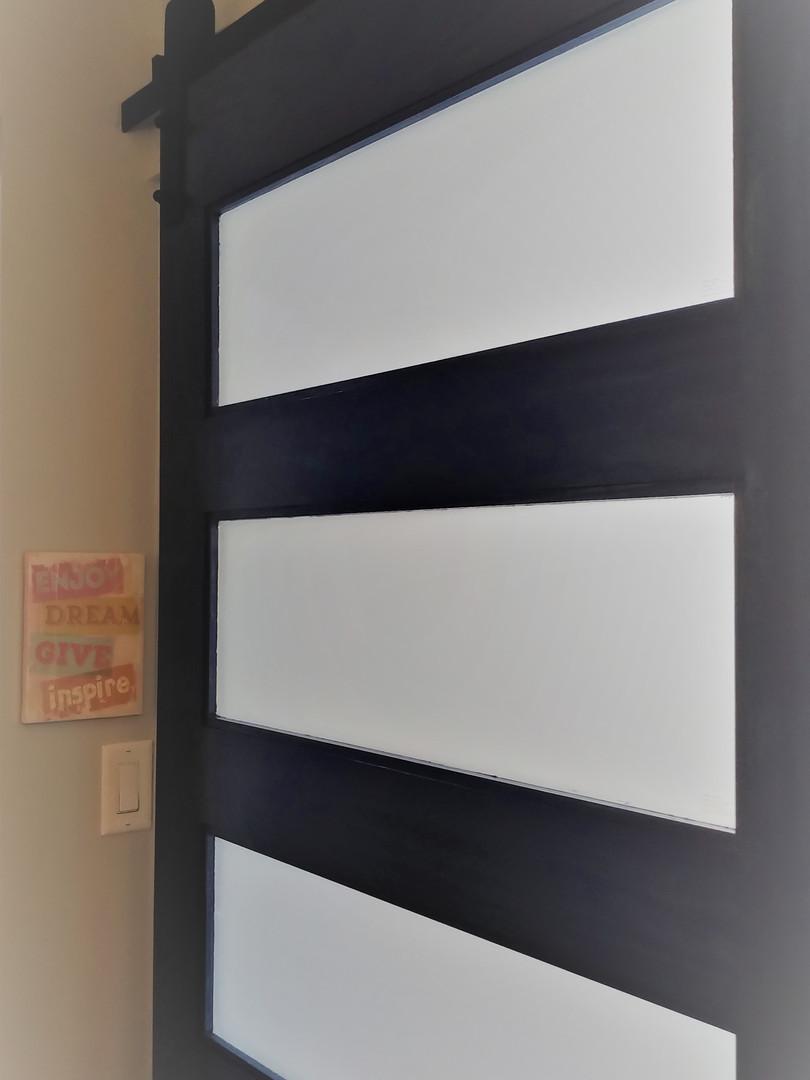 MYRDH Hygiene room door