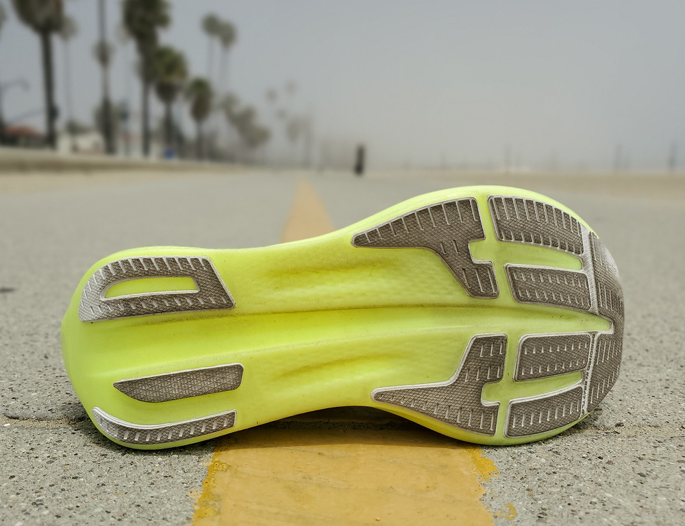 Brooks Hyperion Elite 2 outsole