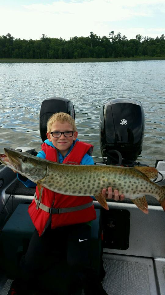 Young man's 1st muskie!