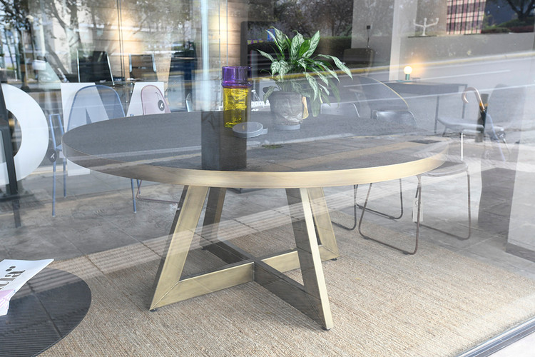 Geo | Dining table