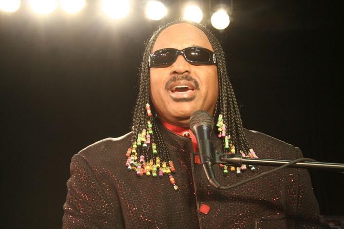 Jerome Dabney (Stevie Wonder Tribute Artist)