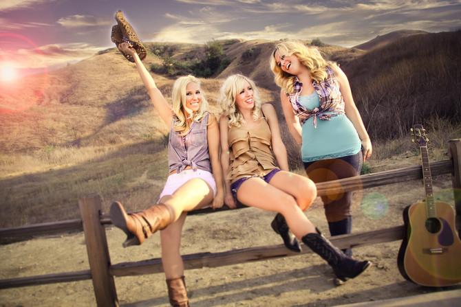Blontourage (California Country)