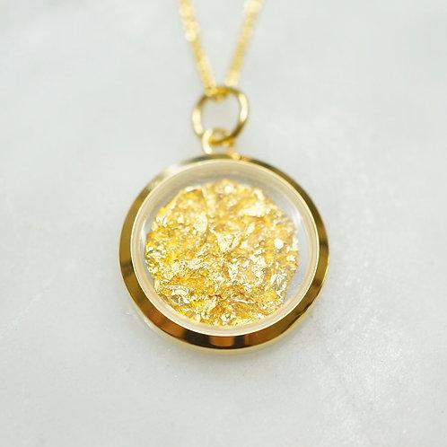 Australian Gold Leaf Circle Pendant
