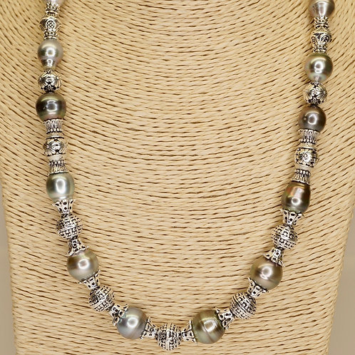 Black Tahitian Pearl & Solid Silver Necklace