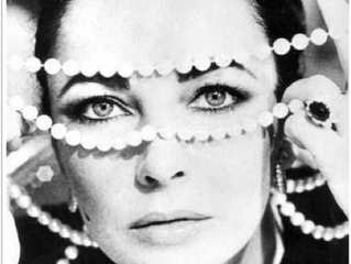 MOVIE STARS AND THEIR JEWELS