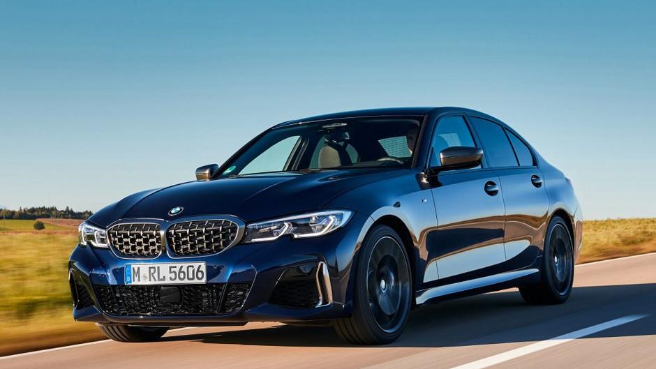 BMW traz o M340i sedã com 387 cv de potência por R$ 427 mil