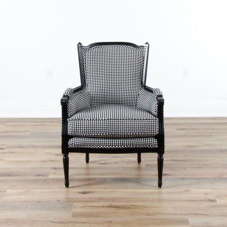 """Liv Chair  29.5"""" x 29.5"""" x 40.5"""""""