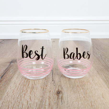 Best Babes 2 Pack Stemless Winglasses