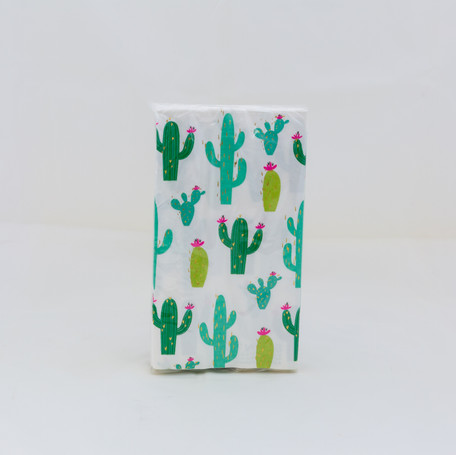 Decor Envy Smaller Items - Shoot Cube-2396.jpg