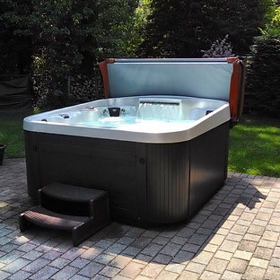 Coast Spas Radiance by Pool and Spa Guys