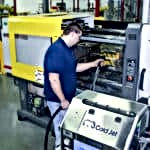 OUREQUIPMENT_DRYICEBLASTING_MICROPARTICL