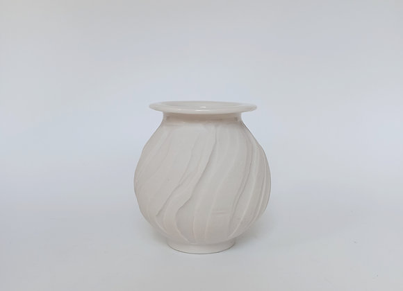 Lucid Vase 2