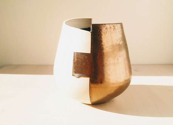 BG Vase