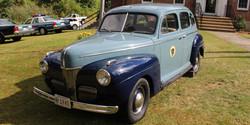 1941 Ford Deluxe Sedan