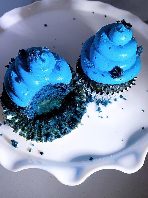 Macho Blue Velvet Cupcakes