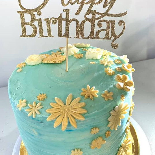"An elegant ""The Gateway"" cake"