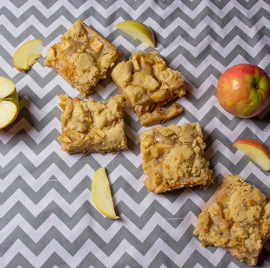 Tangy Apple Caramel Bars